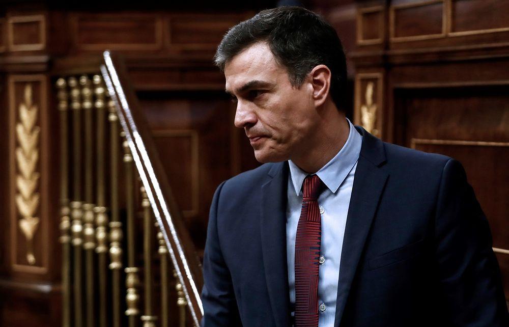 El presidente del Gobierno, Pedro Sánchez, tras su intervención en el pleno celebrado este jueves en el Congreso para aprobar una nueva prórroga del estado de alarma. Foto: Europa Press 2020