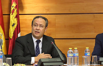 Ruiz Molina Comision Cortes. Foto: JCCM.