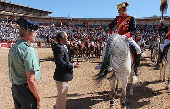 José Julián Gregorio ha asistido a la exhibición de procedimiento de actuación de la Guardia Civil que ha tenido lugar en la Plaza de Toros de Toledo.