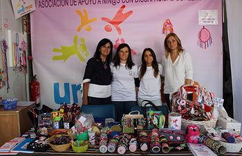 Cs albacete visita stand asociaciones sociosanitarias