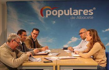 #LaCazaTambiénVota presenta sus 15 propuestas al PP de Castilla-La Mancha