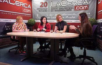 Ana Serrano Lucena, gestora 'Ana Lucena', 'Casana', 'Dibaño', 'Vavary' y  'Casa Rural Multicolor'; Teresa Villena, directora de la 'Academia Teresa'; Anabel Domínguez Pardo, directora de la empresa Beinn Proyect Management; y Carmen García, periodista