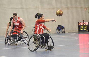 El BRS Amiab Albacete acabó la primera fase ganando claramente al Mideba Extremadura (84-51)