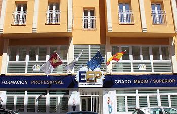 Escuela de Estudios Profesionales.
