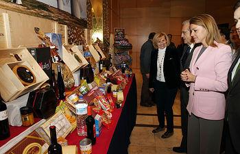 Cospedal asiste a la entrega de premios Carrefour 1. Foto: JCCM.