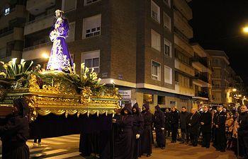 Manuel Serrano participa en el Vía Crucis en honor al Cristo de Medinaceli.