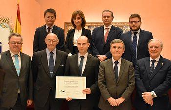 El consejero de Fomento felicita al doctor de la UCLM ganador del primer premio de ANCI 2019 a Tesis Doctorales.