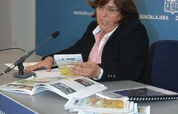 La diputada Lucia Enjuto presenta la Ruta Geológica cicloturista en la comarca molinesa