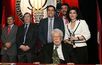 Echániz asiste a la entrega de los Premios Profesor Barea. Foto: JCCM.