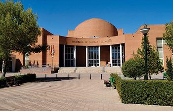 Existe una relación muy estrecha entre la Universidad de Castilla-La Mancha y el Centro Nacional del Hidrógeno. Foto: Vicerrectorado del Campus Universitario de Albacete.