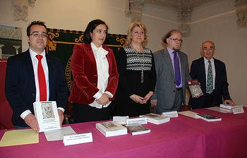 Las vicerrectoras con Eugenio Serrano, Jean Passini y Ricardo Izquierdo.