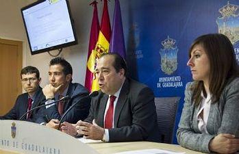 Mariano del Castillo durante la presentación del proyecto ADILUX