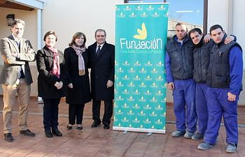 La Presidenta de APANAS con el presidente de Caja Rural.
