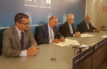 La Diputación y CEOE-CEPYME reafirman su apoyo a los empresarios de la provincia ampliando su colaboración