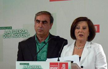 María José Sánchez Rubio y José Martínez Olmos, en rueda de prensa