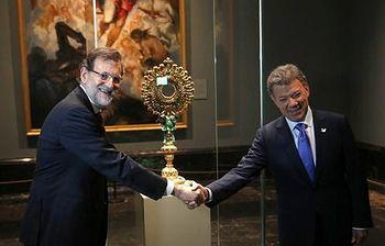 Rajoy junto a Santos. Foto: Pool Moncloa / Acceso libre.