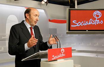 Alfredo Pérez Rubalcaba - Comparecencia Elecciones 25M.