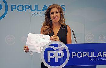 Ana López.