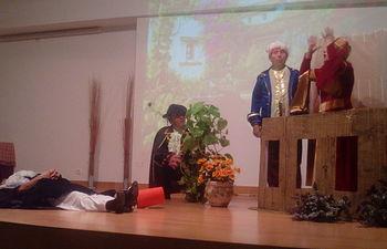 Los mayores del Centro del Lucero se convierten en protagonistas de funciones teatrales
