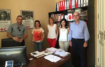 La portavoz del Grupo Municipal de Ciudadanos de Albacete, Carmen Picazo, se ha reunido con Francisco Pérez del Campo (Presidente Local de Cruz Roja), Germán Nielsa (Secretario Provincial) y Eva Calleja (Coordinadora Provincial)