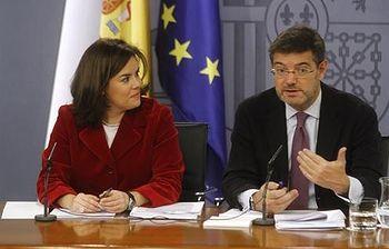 Soraya Sáenz de Santamaría y Rafael Catalá (Foto: Pool Moncloa)