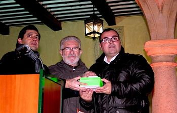 El acto se cerró con el encendido especial de las luces de Navidad en la Plaza de Ramón  y Cajal, y en las principales calles del centro de la ciudad.