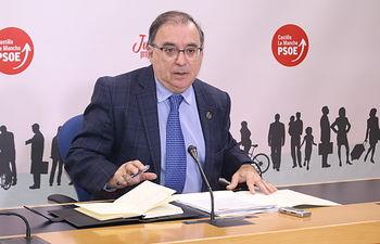 Fernando Mora, presidente del Grupo Parlamentario Socialistas en las Cortes regionales.