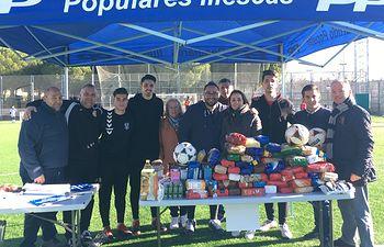 """NNGG Illescas recoge 1100 kg de alimentos y 50 juguetes durante su torneo de fútbol 3x3 """"Populares Solidarios"""""""