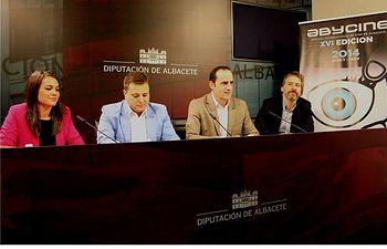 Fermín Gómez anuncia el palmarés de la XVI edición del Festival, que finaliza esta noche con la entrega de premios en los Cines Yelmo-Vialia