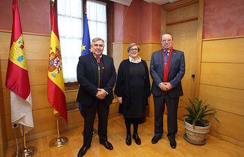 La viceconsejera de Relaciones Institucionales se reúne con los representantes de la Casa de Castilla-La Mancha de Sevilla. Foto: Foto:Alvaro Ruiz//JCCM