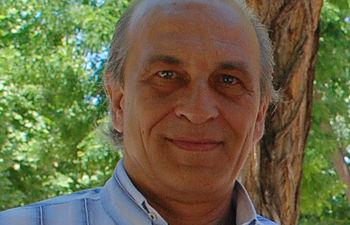 El profesor Langa coordina una red interuniversitaria que estudia las nuevas aplicaciones del grafeno.