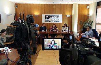 Rueda de prensa de la Confederación de Guías Oficiales de Turismo, CEFAPIT, en la sede de CECAM.