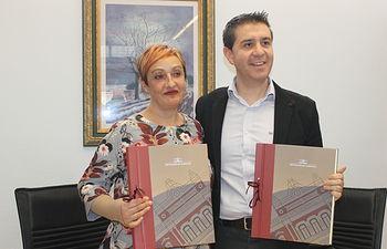 """Diputación y AMAC firman el protocolo de colaboración para el programa de fisioterapia """"Linfedema"""""""