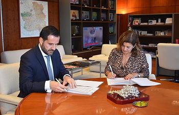Castilla-La Mancha Media y Liberbank colaboran en la difusión de programas sobre educación financiera