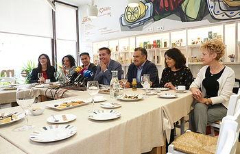 Desayuno informativo de la candidatura del PSOE de Albacete a las Elecciones Generales del 10N. Foto: Manuel Lozano Garcia / La Cerca