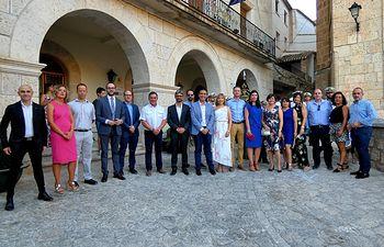 El presidente de la Diputación de Albacete visita Alcalá del Júcar con motivo de las Fiestas patronales.