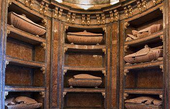Cripta de la iglesia del fuerte de San Francisco restaurada