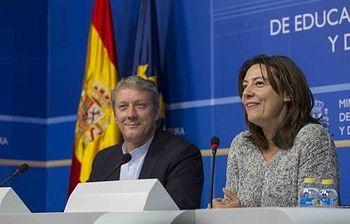 La directora general del INAEM, Montserrat Iglesias, y Daniel Bianco, próximo director del Teatro de la Zarzuela. (Archivo). Foto: Ministerio de Educación, Cultura y Deporte.
