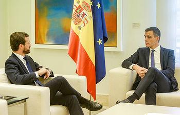 Pedro Sánchez y Pablo Casado. Foto: Ricardo Rubio / Europa Press.
