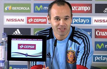 Andrés Iniesta en la rueda de prensa.
