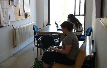 Alumnos en la Facultad de Humanidades de Toledo, centro en el que se celebra el curso.
