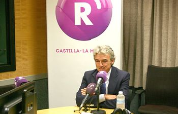 Leandro Esteban es entrevistado en RCM_22-09-14. Foto: JCCM.
