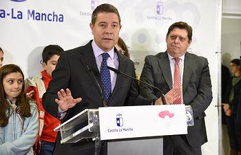 El presidente de Castilla-La Mancha, Emiliano García-Page, inaugura, el nuevo consultorio médico local.(Fotos:José Ramón Márquez //JCCM ).