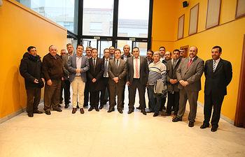 El presidente de Castilla-La Mancha, Emiliano García-Page, asiste al homenaje que se va a brindar a los socios fundadores de la Cooperativa Unión Campesina Iniestense. (Fotos: Ignacio López//JCCM)