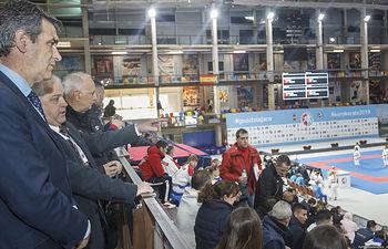 Visita del Alcalde al Palacio Multiusos para supervisar la organización del Campeonato Europeo de Karate