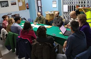 Reunión que la candidatura municipal de Unidas Podemos mantuvo con la Plataforma Albacete 30.