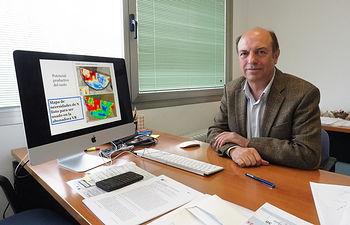 Alfonso Calera, director del  'Grupo de Teledetección y Sistemas de Información Geográfica' del IDR.