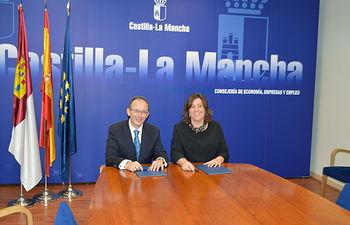 La Consejería de Economía, Empresas y Empleo y Gas Natural Castilla-La Mancha acuerdan colaborar en el fomento de empleo en la región. Foto: JCCM.