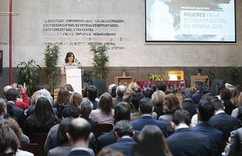 """""""Mujeres en la economía digital en España 2018"""". @M_Presidencia"""