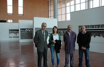 La exposición se encuentra en el hall del edificio Benjamín Palencia